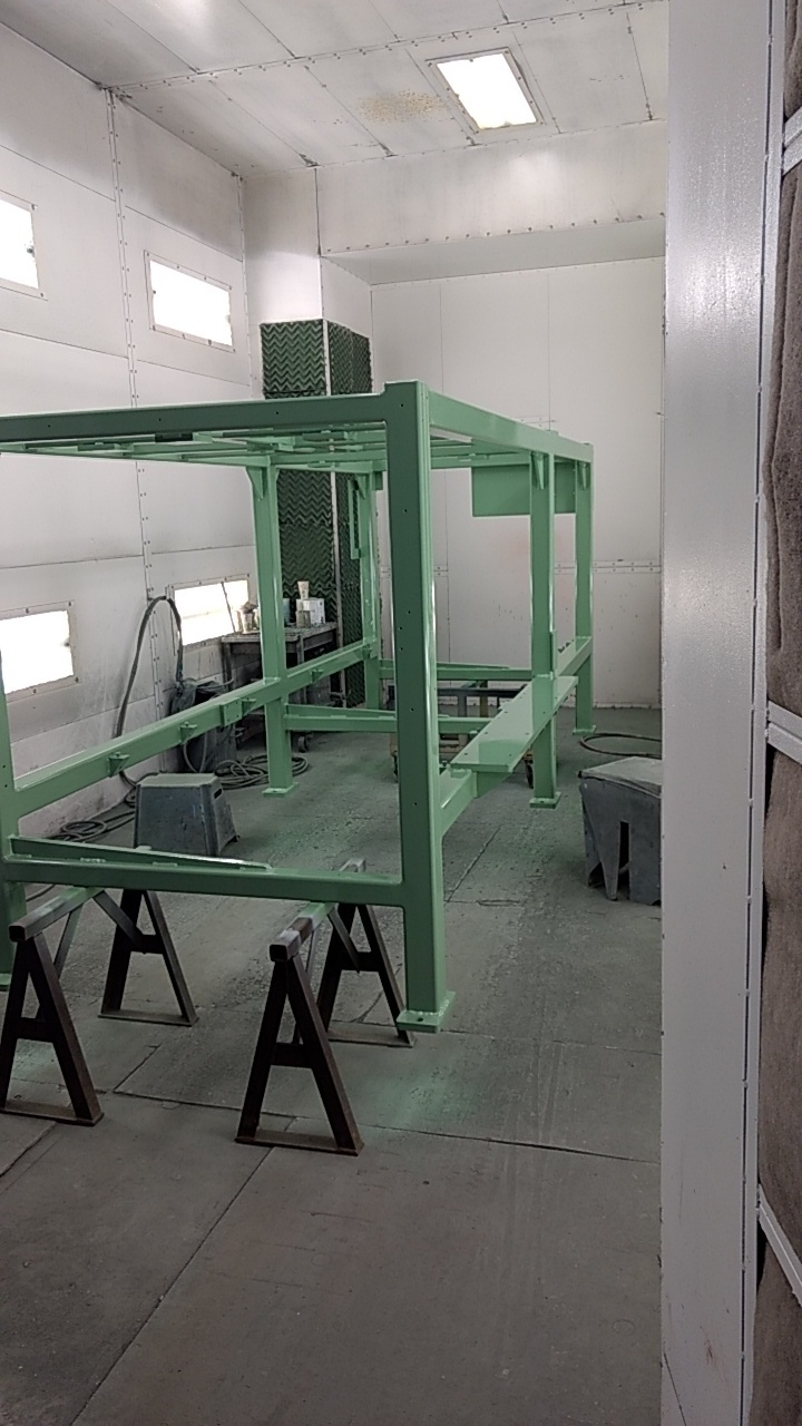 cooper-blow-off-conveyor-in-paint116109